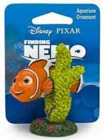 Finding Nemo - Nemo on Coral Large (5 x